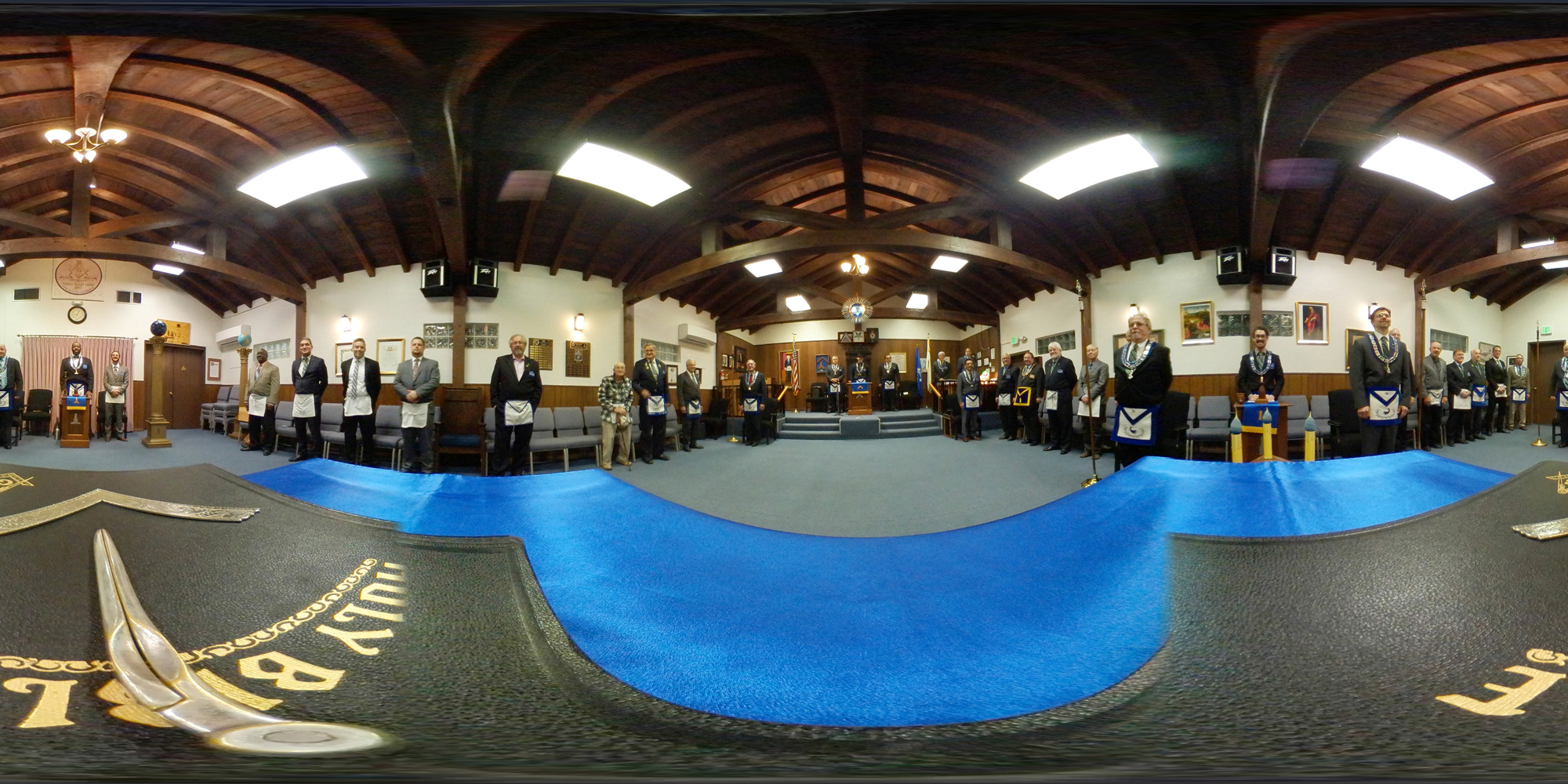 Conejo Valley Lodge Inside